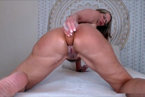 Sexy Milf Fucking Her Own Ass